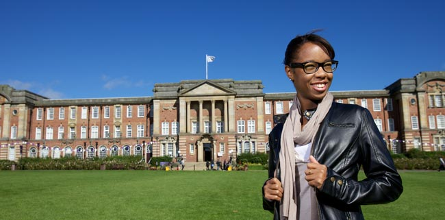 Leeds Metropolitan University – fast-track your business career with the UK's first 100% online MBA